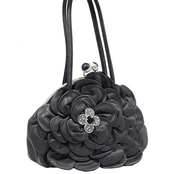 🌸 CHARMING CHARLIE Floral Shoulder Bag 🌸